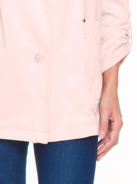 Pasteloworóżowy żakiet boyfriend jacket z podwijanymi rękawami                                  zdj.                                  6