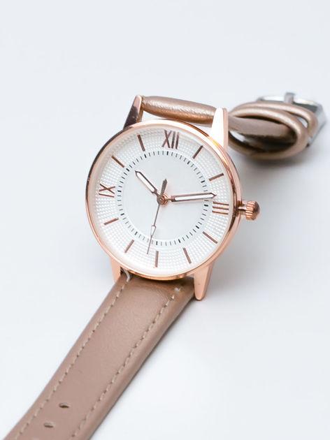 Perłowo złoty mały elegancki zegarek damski w czerwonym złoty
