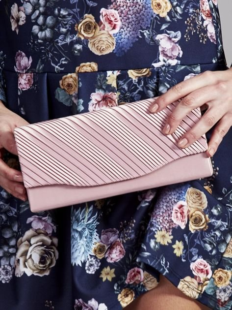 Plisowana elegancka kopertówka jasnoróżowa                               zdj.                              1