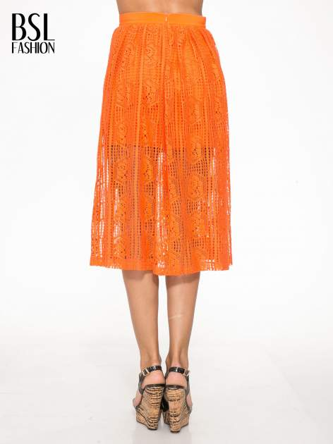 Pomarańczowa ażurowa spódnica midi                                  zdj.                                  4