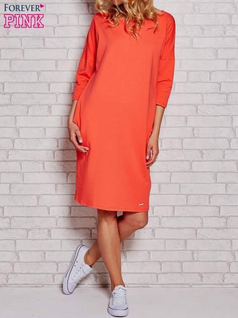 Pomarańczowa prosta sukienka dresowa