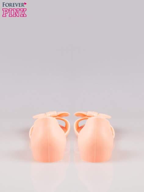 Pomarańczowe gumowe baleriny peep toe z kokardą                                  zdj.                                  3