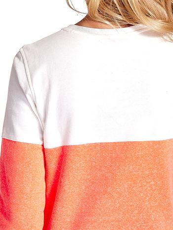 Pomarańczowo-biała bluza z napisem I'M SO ADVERSE                                  zdj.                                  6