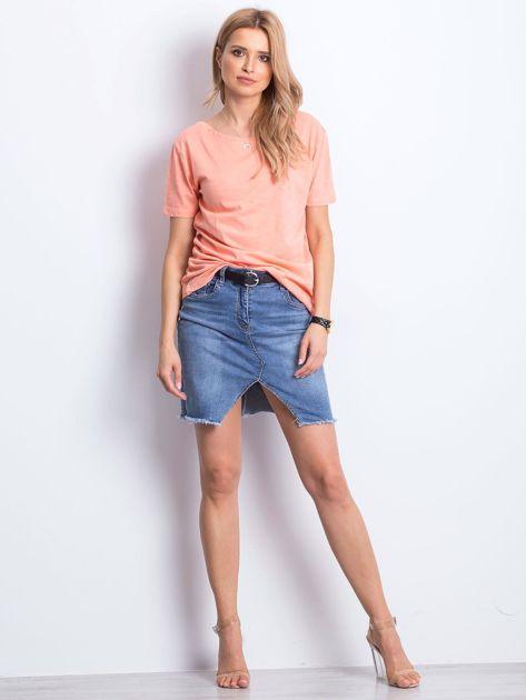 Pomarańczowy t-shirt z głębokim dekoltem z tyłu                              zdj.                              5