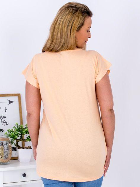 Pomarańczowy t-shirt z roślinnym motywem PLUS SIZE                              zdj.                              2