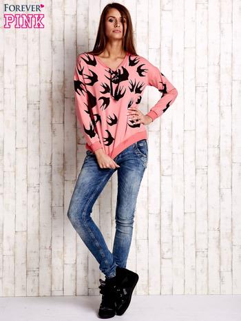 Różowa bluza w jaskółki z wiązaniem                                  zdj.                                  2