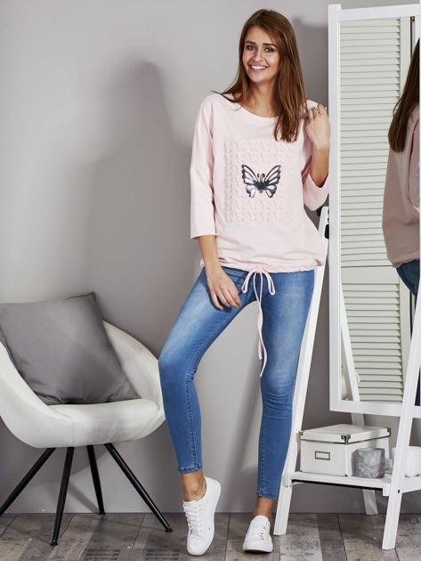 Różowa bluza z motywem motyli                              zdj.                              4