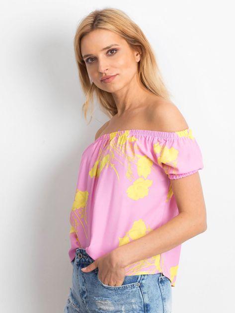 Różowa bluzka hiszpanka w kwiaty                              zdj.                              3