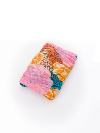 Różowa chusta z motywem panterki                                  zdj.                                  3