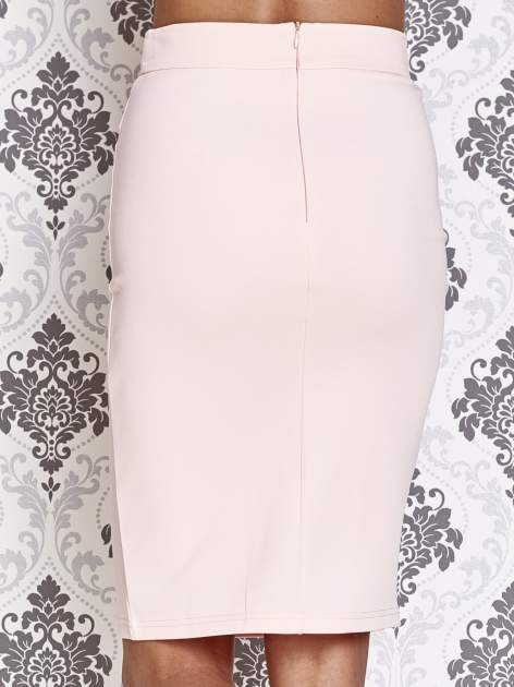 Różowa ołówkowa spódnica w stylu glam                                  zdj.                                  6