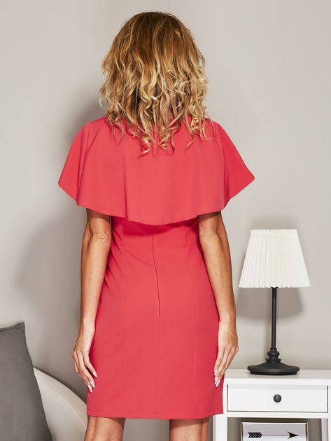 Różowa sukienka koktajlowa z narzutką                               zdj.                              2