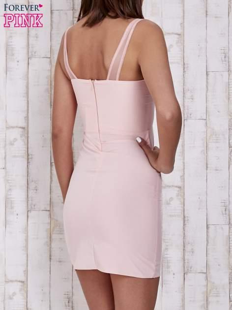 Różowa sukienka tuba z tiulowymi ramiączkami                                  zdj.                                  2