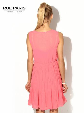 Różowa zwiewna sukienka                                   zdj.                                  3