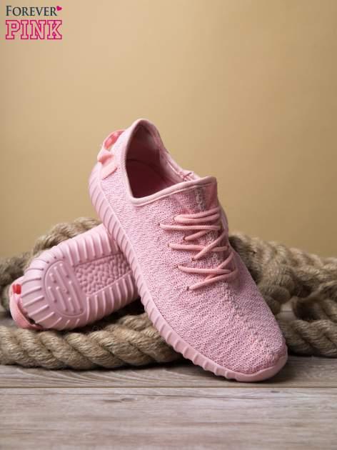 Różowe buty sportowe z tkaniny textile Be Active z uchwytem z tyłu                                  zdj.                                  4