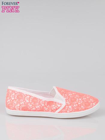 Różowe koronkowe buty slip on                                  zdj.                                  1