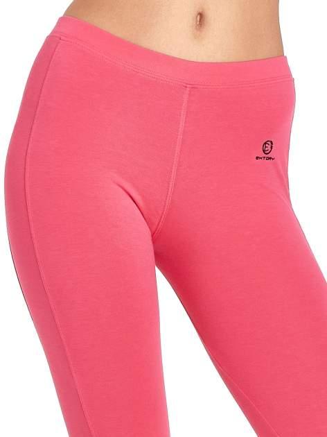 Różowe legginsy sportowe z drapowaniem                                  zdj.                                  4