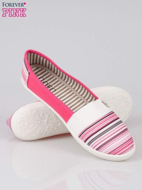 Różowe pasiaste buty slip on                                  zdj.                                  4
