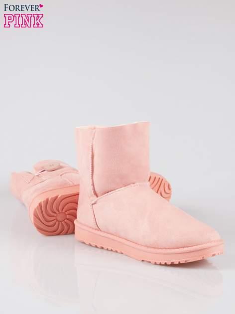 Różowe śniegowce damskie zapinane na guzik                                  zdj.                                  4