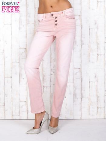 Różowe strechowe spodnie z koronką przy kieszeni                                  zdj.                                  1