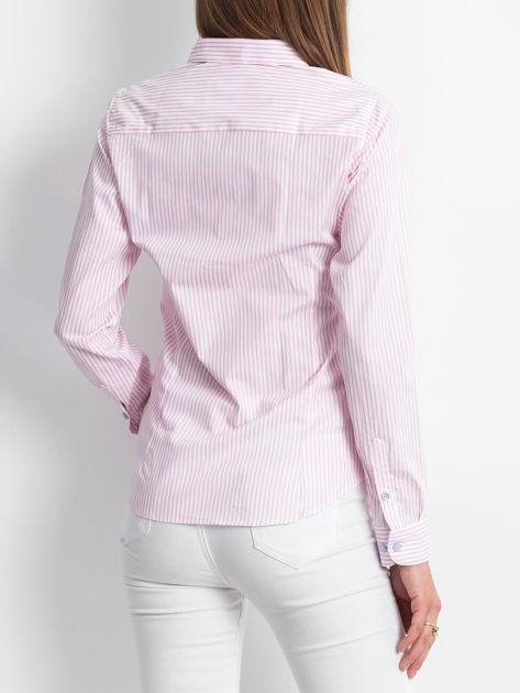 Różowo-biała koszula we wzór pasków                              zdj.                              2