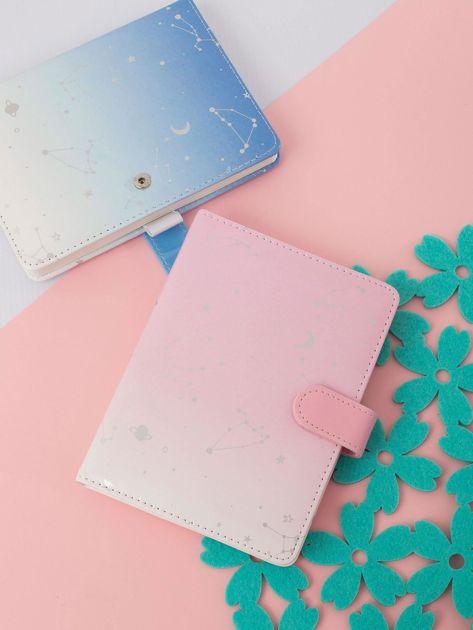 Różowo-biały notatnik ombre z nadrukiem
