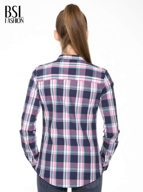Różowo-granatowa koszula w kratę z kieszeniami                                  zdj.                                  4