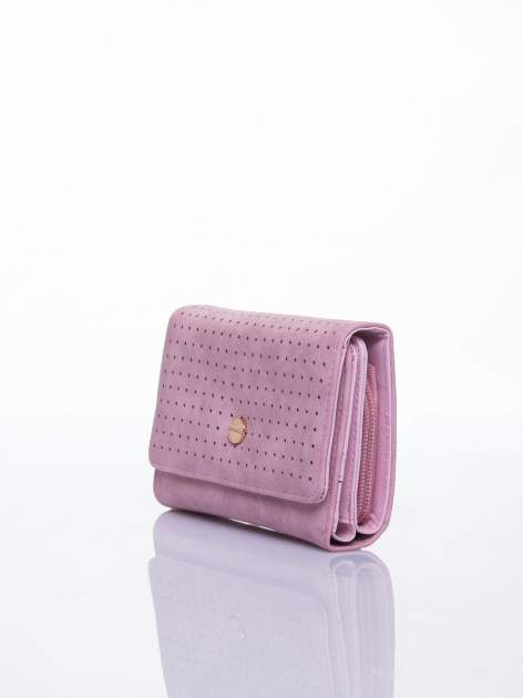 Różowy ażurowany portfel ze złotym zapięciem                                  zdj.                                  2
