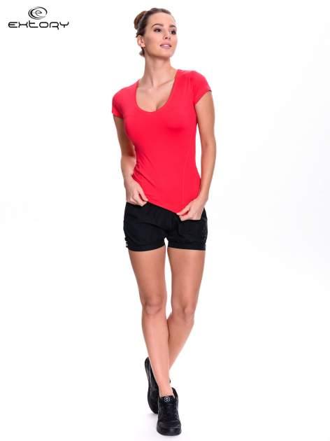 Różowy damski t-shirt sportowy z dekoltem U                                  zdj.                                  4