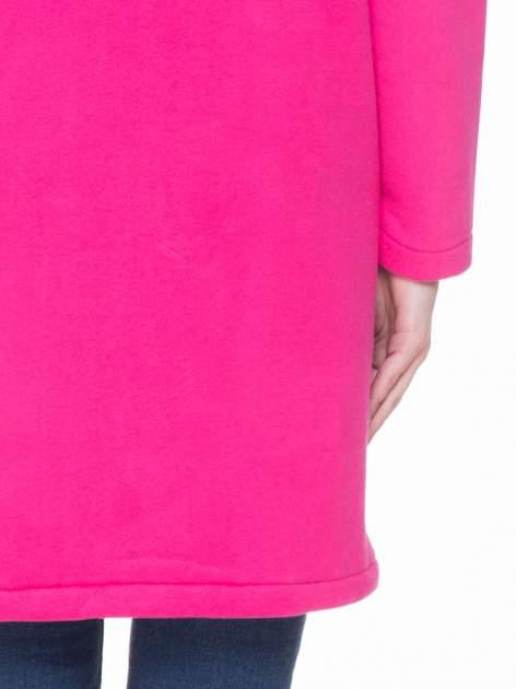 Różowy dresowy płaszcz z kapturem i kieszeniami                                  zdj.                                  9