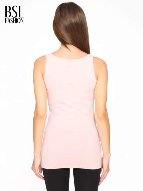 Różowy jednolity top na szerokich ramiączkach                                  zdj.                                  5