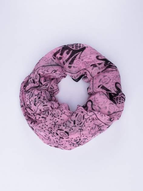 Różowy orientalny szal we wzór ze słoni                                  zdj.                                  1