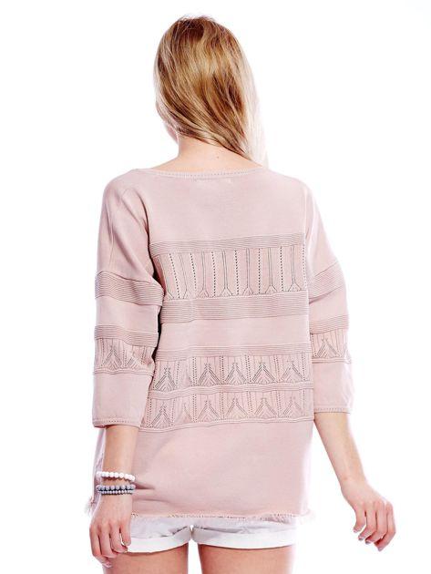 Różowy sweter w delikatny wzór                                  zdj.                                  2