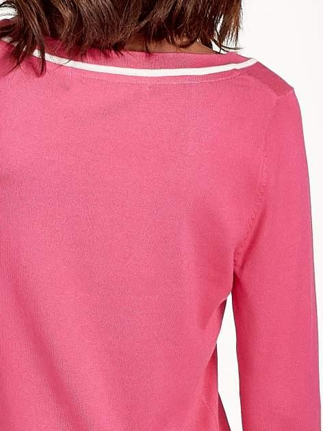 Różowy sweterek z kokardką przy dekolcie                                  zdj.                                  8