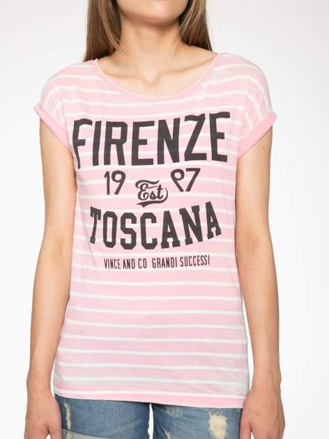 Różowy t-shirt w paski z napisem FIRENZE TOSCANA                                  zdj.                                  7