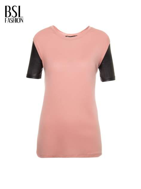Różowy t-shirt z czarnymi skórzanymi rękawami                                  zdj.                                  2