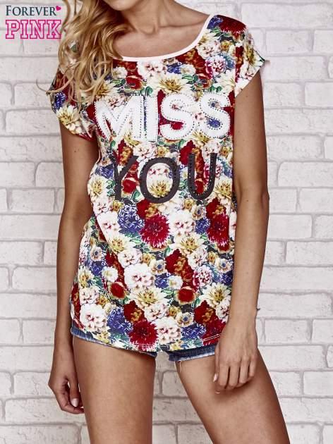 Różowy t-shirt z kwiatowym przodem z dżetami                                  zdj.                                  1