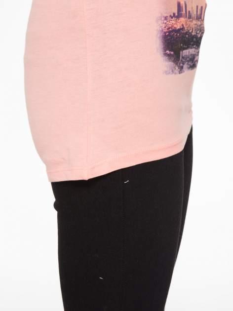 Różowy t-shirt z napisem HEAVEN IS A PLACE ON EARTH WITH YOU                                  zdj.                                  9
