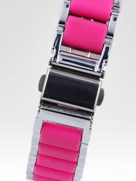 Różowy zegarek na bransolecie z cyrkoniami na tarczy                                  zdj.                                  4