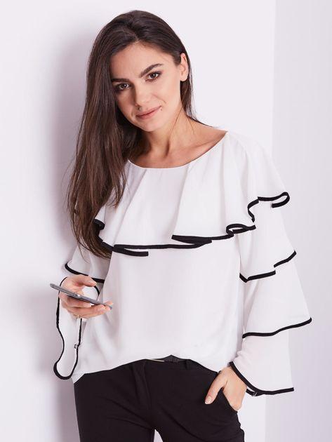 Biała bluzka z falbanami                              zdj.                              15
