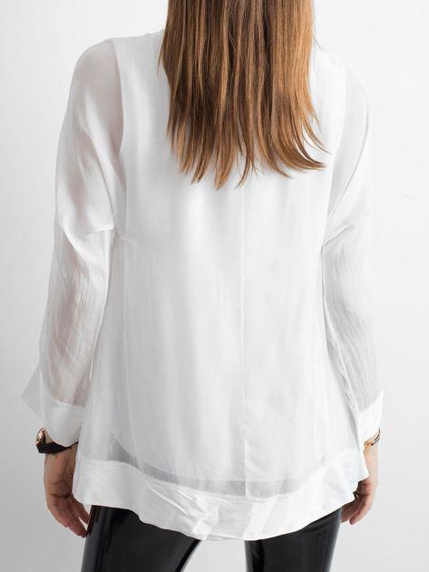 Biała bluzka z wiązaniem                              zdj.                              2