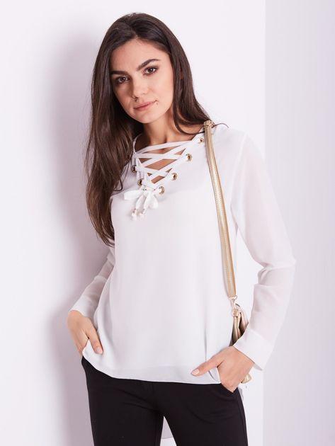Biała bluzka ze sznurowaniem                              zdj.                              7