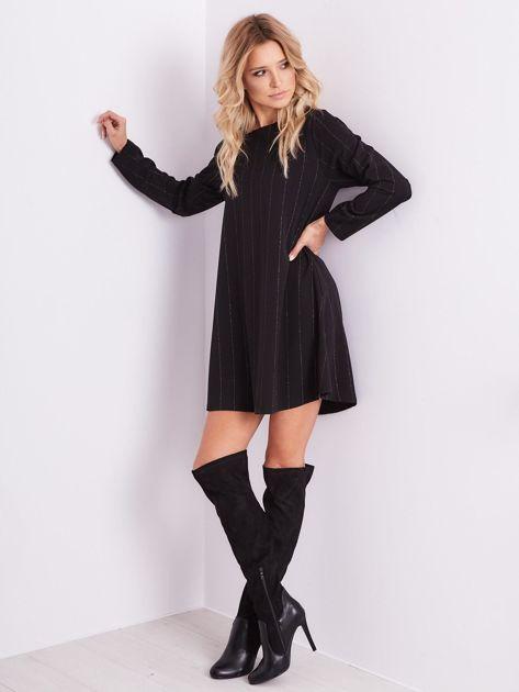 SCANDEZZA Czarna sukienka o luźnym kroju                              zdj.                              1