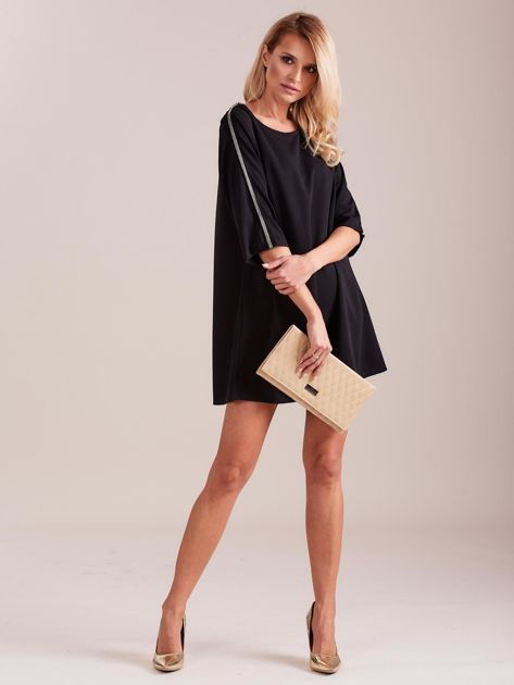 SCANDEZZA Czarna sukienka oversize                              zdj.                              1