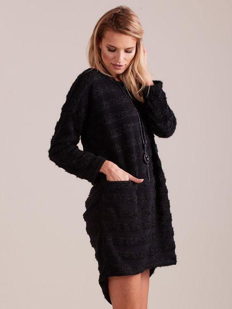 Czarna sukienka w paski                              zdj.                              4