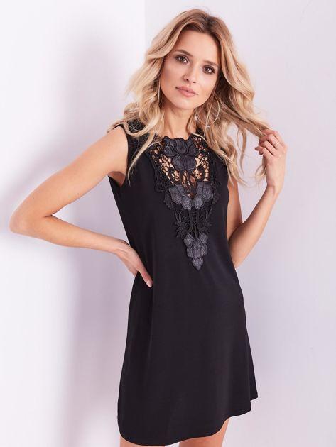 Czarna sukienka z koronką                              zdj.                              5