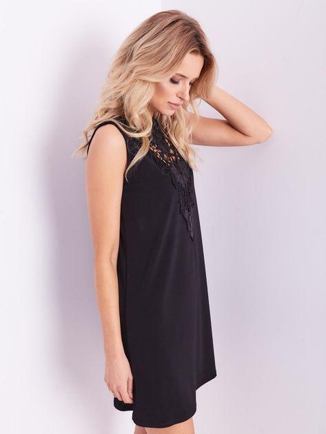 Czarna sukienka z koronką                              zdj.                              8