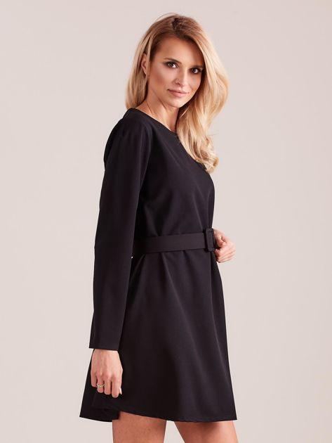 Czarna sukienka z paskiem                              zdj.                              5