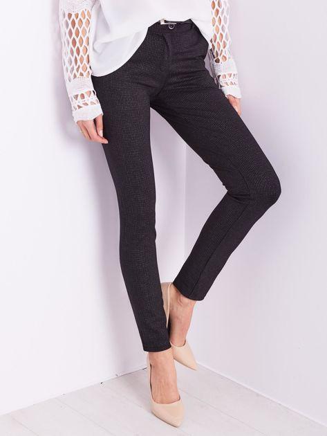 Czarne spodnie w delikatne groszki                              zdj.                              3