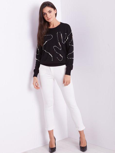 SCANDEZZA Czarny sweter z perełkami                              zdj.                              1