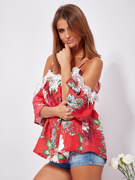 SCANDEZZA Czerwona lniana bluzka cold shoulder w kwiaty                              zdj.                              3